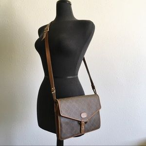 Bally Bags - ⇩ Bally Fold-over Envelope Messenger Bag